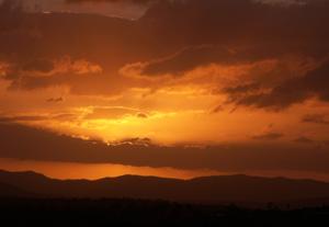 Folk_fest_sunset_dec_07_blog