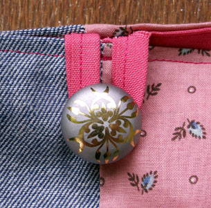 Ambrogina_button_detail_blog